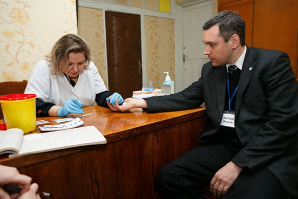 Vitaliy Legkov, Occupational Safety & Health expert from the Federation of Trade Unions of Ukraine is tested for HIV.